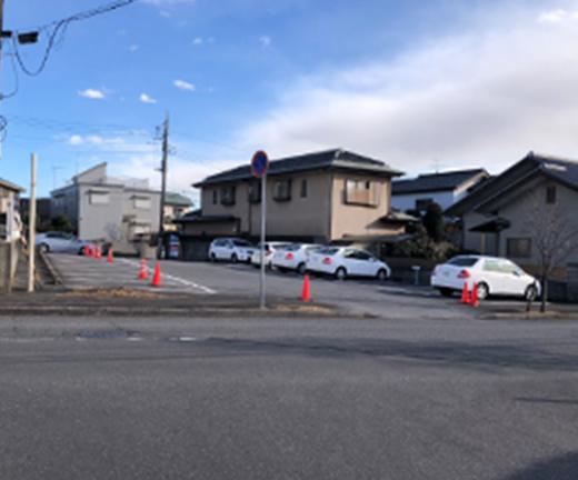 駐車場入口の写真
